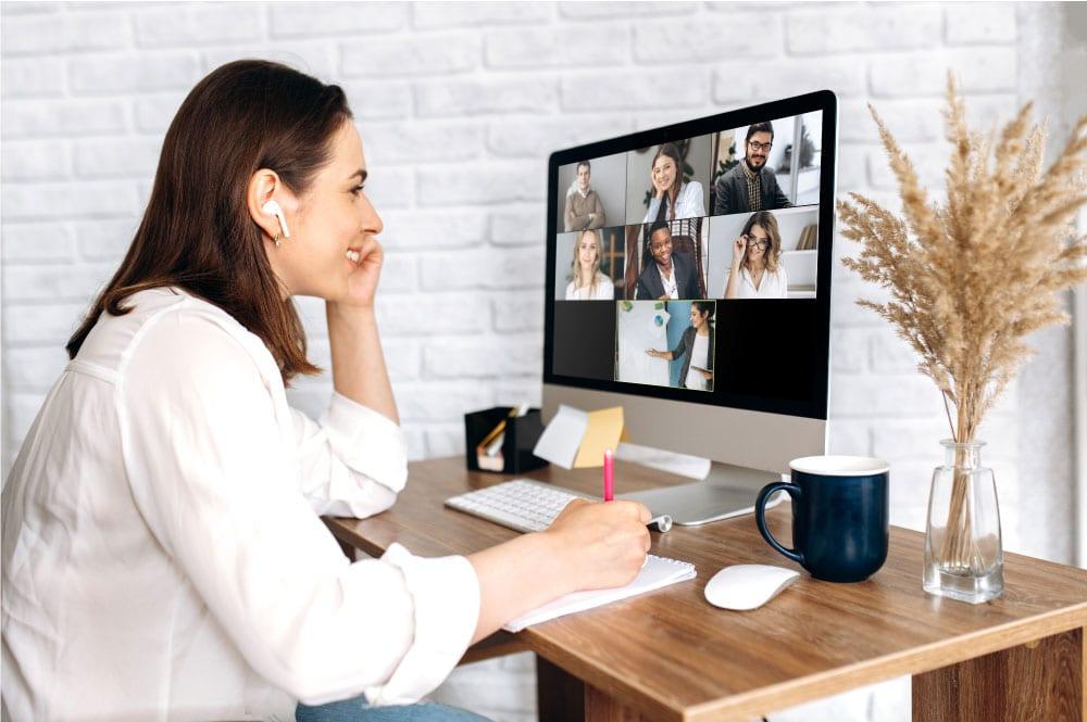 Firmentraining - gute Videos senden starkes Signal an Kunden und Mitarbeiter
